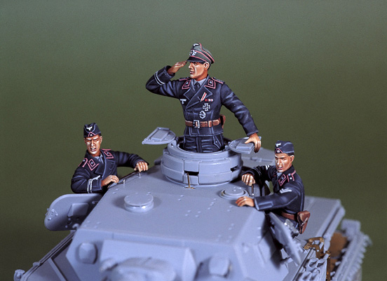 1/35 WWII Early war WH panzer crew set (3Fig.s)