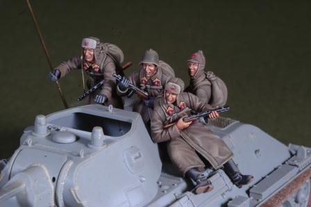 1/35 WWII Early war Russian tank rider set (4Fig.s)